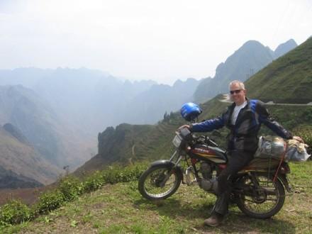 Hanoi motorbike tours, Hanoi motorcycle tours