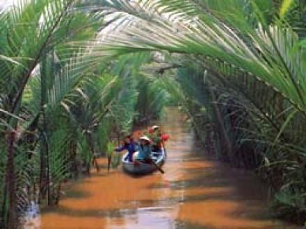 Mekong delta motorbike tours from saigon