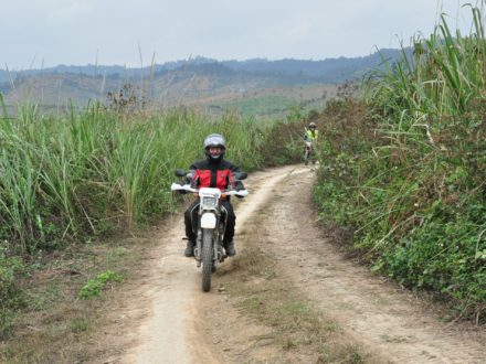northern-vietnam-motorbike-tour-to-mai-chau-phu-yen-ba-be-lake-thac-ba