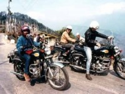 Sapa Motorbike Tour to villages and homestay