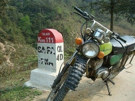sapa-north-east-motorbike-tour-to-ha-giang-bac-kan-hanoi