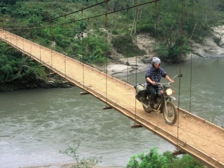 vietnam-motorbike-tour-to-sapa-in-rush