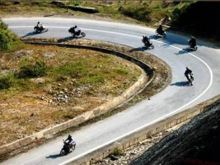 vietnam-motorcyle-tour-to-mai-chau-phu-yen-and-thac-ba-lake