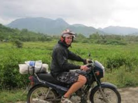 Hanoi motorbike tour to Duong Lam and Ba Vi